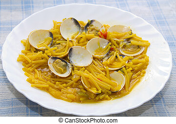 clams with noodles