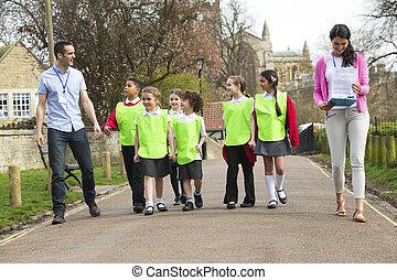 Class Field Trip - Group of elementary school children on...