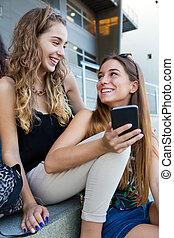 class., smartphones, 生徒, 後で, 2, 楽しみ, 持つこと