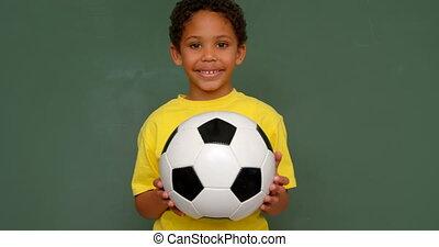 classe, debout, africaine, vue, football, tableau, américain, contre, écolier, devant, 4k