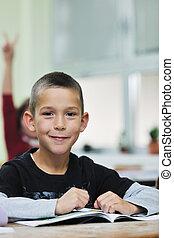 classe, heureux, jeune garçon, classes, math, premier