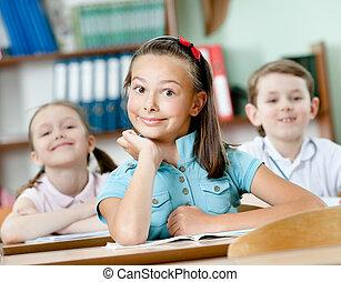 classes, élèves, assister à, heureux
