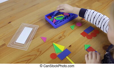 Classes with geometric shapes for a preschooler child