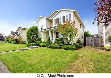 Classic american house exterior with curb appeal - Classic...