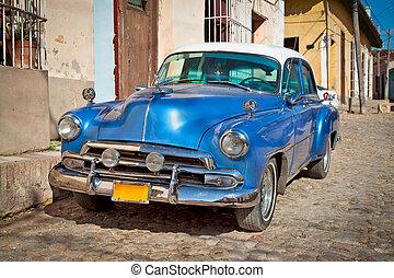 Classic Chevrolet in Trinidad, Cuba. - Classic Chevrolet in...