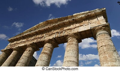 Temple at Segesta in Sicily - Classic Greek (Doric) Temple...