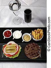 classico, frigge, francese, hamburger, tavola, servito