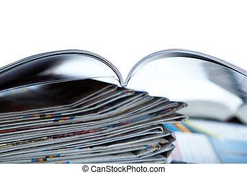 clavier, gros plan, magazine, pile, journaux