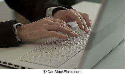 clavier, ordinateur portatif, homme, dactylographie