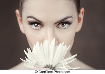 Clean Beauty Image of a Caucasian Woman