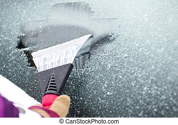 cleaning car windows