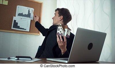 client, bavarder, ordinateur portable, jeune, informatique, homme affaires, utilisation