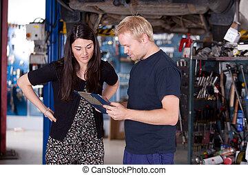 client, magasin, mécanicien, heureux