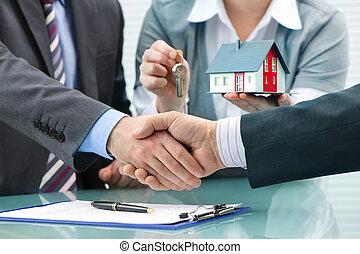 client, poignées main, après, contrat, signature