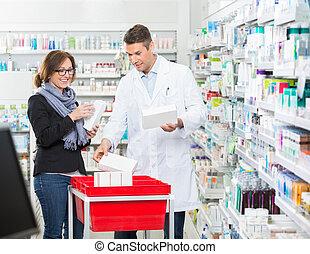 client, projection, femme, mâle, médicaments, chimiste