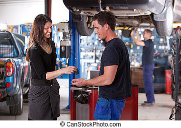 client, voiture, tomber, mécanicien