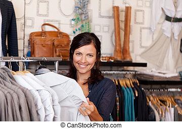 cliente, loja, roupa, camisa, escolher