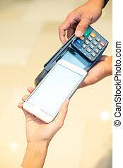cliente, paga, con, teléfono móvil