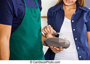 cliente, pagar, nfc, mobilephone, utilizar, tecnología