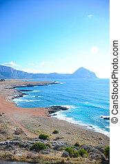 cliffs in sicily 1