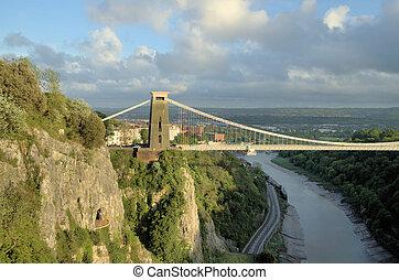 Beautiful suspension bridge in Bristol