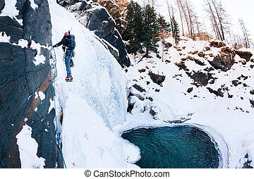 climbing:, d'aosta), alps., (val, italy., -, hielo, cogne, icefall, trepador masculino, italiano