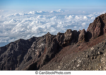 Climbing Volcano Rinjani - Close to the summit