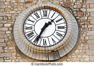 Clock Cannes
