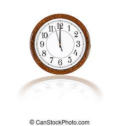 Clock face showing twelve o'clock