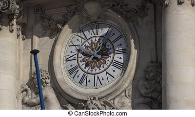 Clock of the stock market - Time lapse