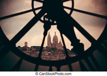 Clock Tower - Sacre-Coeur viewed through Giant clock tower ...