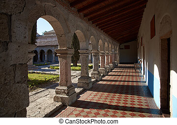 Monasterio de la Recoleta - Cloisters around a secluded ...