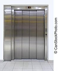 Elevator with close doors