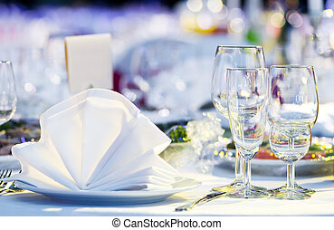 close-up catering table set - catering table set service...