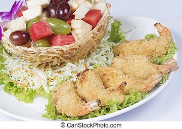 Deep fried Shrimp with the fruit salad