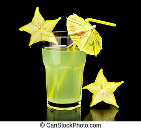 Close-up drink, carambola party on b