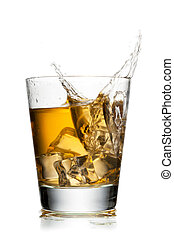 close up image of apple juice and ice cubes