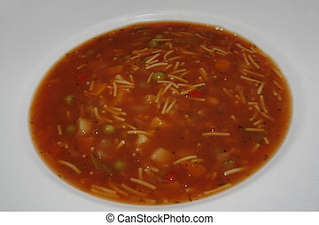 minestrone soup - close up image of heinz minestrone soup