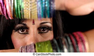 close-up kezezés, közül, egy, keleti, arabic mód, táncos
