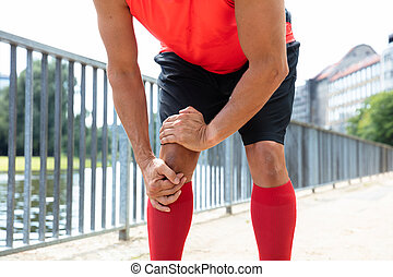 Jogger Having Pain In His Knee