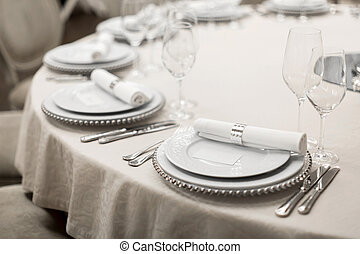 Close-up of a reserved table in a restaurant. Expensively ...