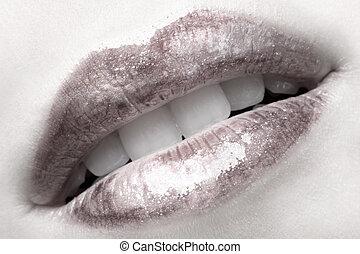 girl\'s lips - close-up of girl\'s lips