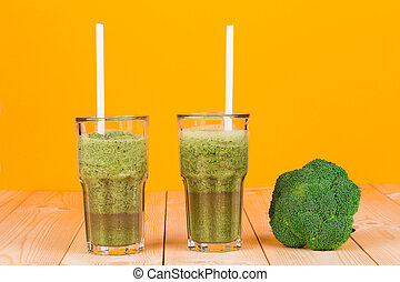 glasses full of tasty kiwi juice and broccoli