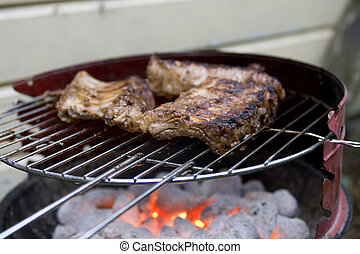 spare ribs on barbecue