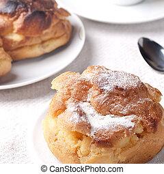 vanilla cream Berliner