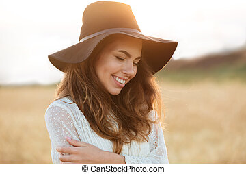 Close up portrait of a beautiful smiling woman
