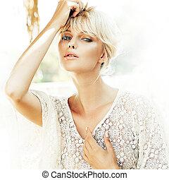 Close-up portrait of a beauty blonde