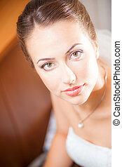 close-up portraits of the bride