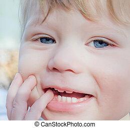 close-up, rosto, doce, pequeno, bebê, sorrindo