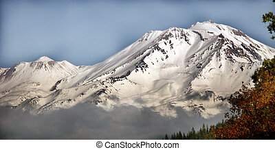Close-up Shasta MT - Shasta Mountain as seen from I-5 in ...